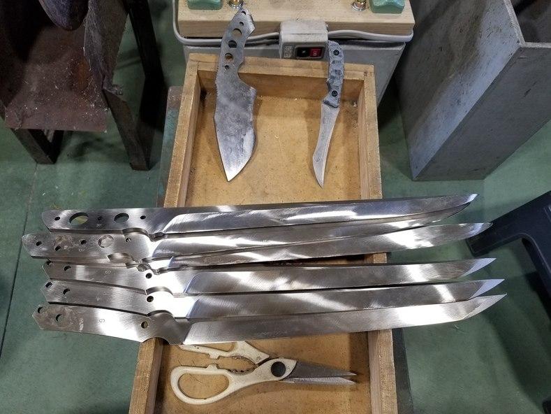 Kiku Knives